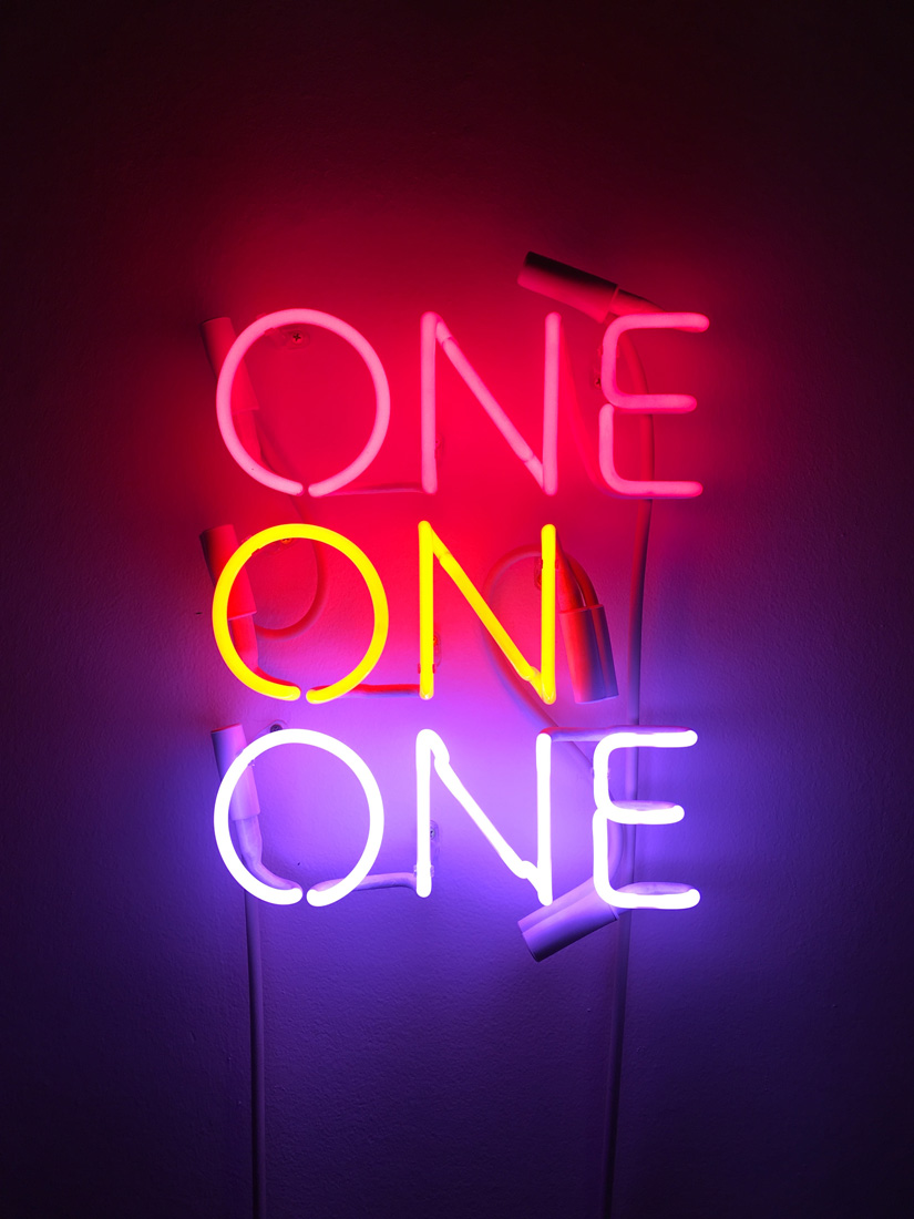 'One on one', 2016 <br> Neon, two, 28 x 34 cm <br>Edition of 5 + 2AP