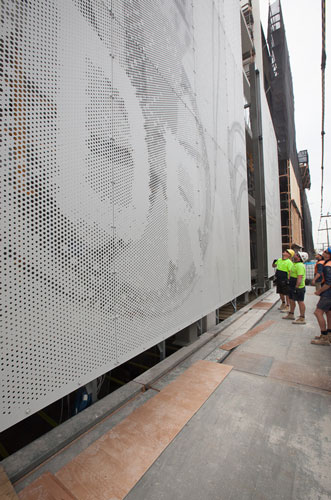Smith-&-Co.-art-screen-install-by-David-Simmonds-5