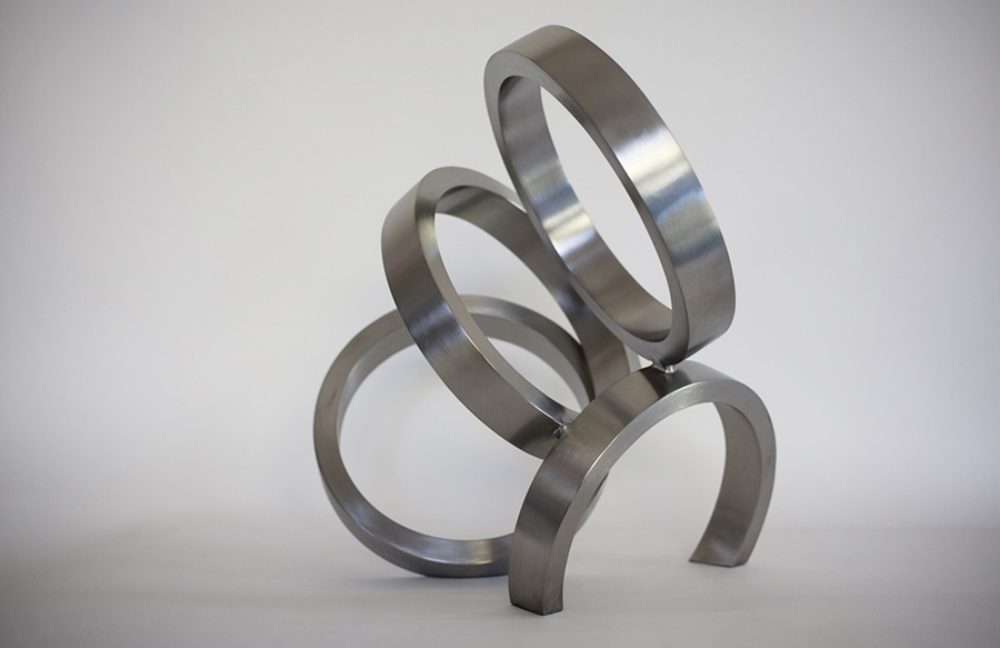 7. 'Instant', stainless steel, 43 x 43 x 33 cm, edition of 6, 2015