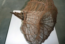 brigit-heller-crinodea-2012-rusted-wire-dimensions-variable