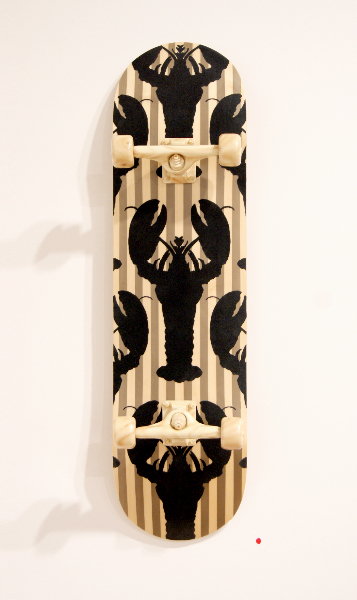 jud-wimhurst-flock-lobster-primitive-2012-wood-polyurethane-resin-epoxy-resin-and-acrylic-lacquers-106-x-28-x-18-5cm