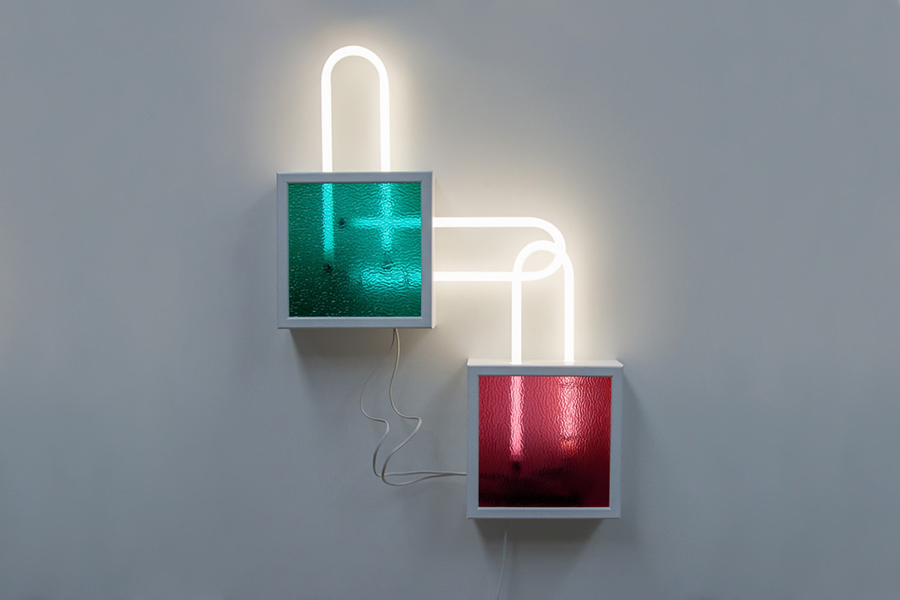 Meagan Streader, Relink, 2019<br/>Ripple Glass, pine, enamel paint, U-bend Fluorescent lights and electronic components, 130 x 100 x 200 cm (approx)